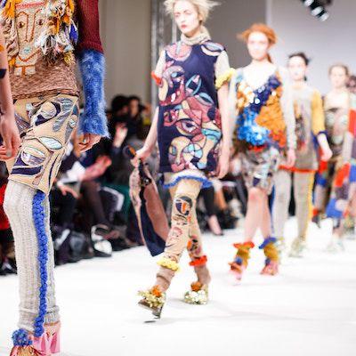 guess-luxus-bags-lederfrei-vegan--fashion-trends